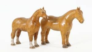 Träskurna hästar, 2 st, 1900-talets första hälft