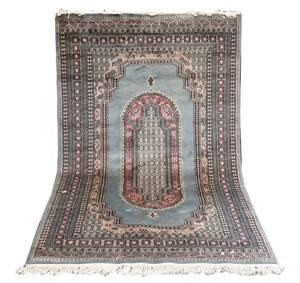 Handknuten matta, orientalisk