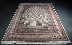 Kashmir Saraben 243 x 335 cm.