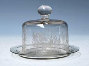Osteklokke på fad af glas, Kastrup ca. 1910