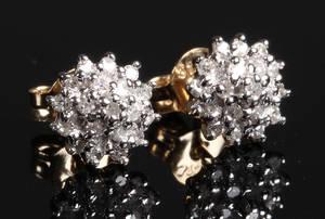 Par diamant ørestikkere. Ca. 0.38 ct. 2