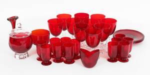 Parti rödtonat glas