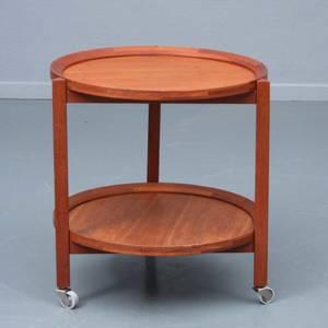 Sika Møbler rundt bakkebord af teak.