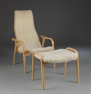 Yngve Ekström. Lænestol  og fodskammet model Lamino 2.
