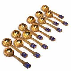 12 bouillonskeer af forgyldt sølv og sterlingsølv, skafter prydet med Aarhus byvåben. Mestre Eiler  Marløe samt Bernhard Hertz. L. 14,3. 12