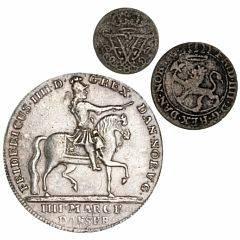 Norge, Frederik IV, 4 mark  krone 1723, NM 3, H 3, filespor på rand, 8 skilling 1730, 2 skilling 1706, NM 41, 48, H 17C, 7A, i alt 3 stk.