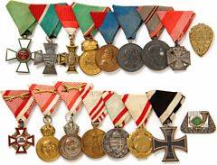 Austro-Hungary, ensemble of 15 medals and 2 regimental badges from WWI and WWII, awarded to Hungarian soldier Todor Jozsef Borchesa