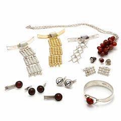 6f925f744a4 N.E. From Smykkesamling af sølv og forgyldt sølv bestående af 3 slips, 3  skjorteknapper,
