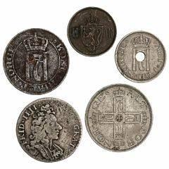 Norge, Frederik IV, 8 skilling 1702, NM 22, H 6A, nyere mønter 4 stk. inkl. 2 øre 1920, 50 øre 1922 uden hul, NM 55, i alt 5 stk.