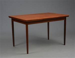 Dansk møbelproducent. Spisebord, teaktræ