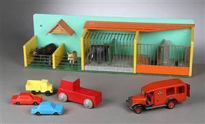 Samling legetøj i form af bl.a. Hanse dyrepark