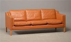 Stouby sofa model Eva med cognacfarvet læder