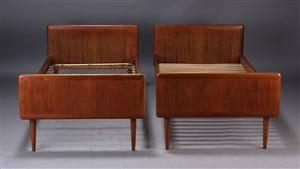 teaktræs seng Slutpris för Dansk møbelproducent. Par senge, teak teaktræs seng
