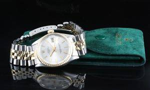 18kt Rolex Oyster Perpetual Date automatic watch with Rolex pouch