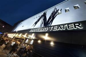 Nørrebro Teater gavekort til fordel fro Ungdommens Røde Kors