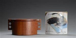 Birgit Krogh. Vase af stentøj samt isspand af teak. 2