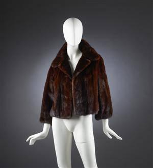 fce5c22c Saga mink. Kort jakke af scanbrown mink str. 38