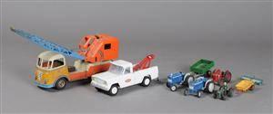 Samling legetøj bl.a. Corgi, Gama, Britains, Tekno m.m. 9