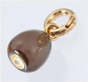 30551802612 Ole Lynggaard. 'Sweet drop' charm med røgkvarts og brillant, 0.015 ct.