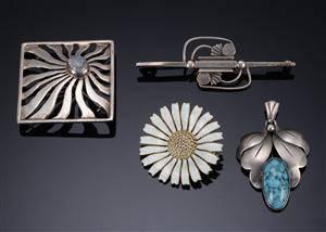 Fire brocher  af sølv Georg Jensen, Anton Michelsen m.fl. 4