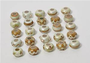 25 Charlotte Borgen beads charms med emalje 25