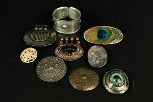 Bijouterier objekt och blandade material 9