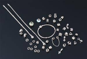 Samling armbånd med charms Pandora Jewelry 45 dele
