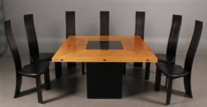 Bob og Dries van den Berghe. Spisebord, model Cirkante med syv stole.8
