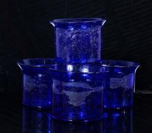 Erik Höglund, ytterfoder  skålar i blått glas 4