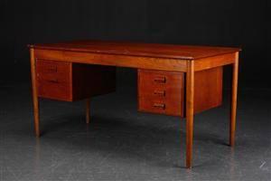 Børge Mogensen. Skrivebord af teak- og egetræ, Søborg Mbelfabrik
