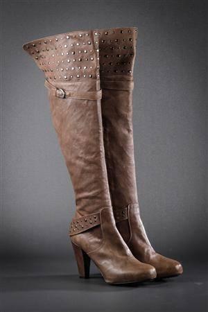 3ca7826db8a A Pair, lange støvler med stilethæle, brune, str. 37