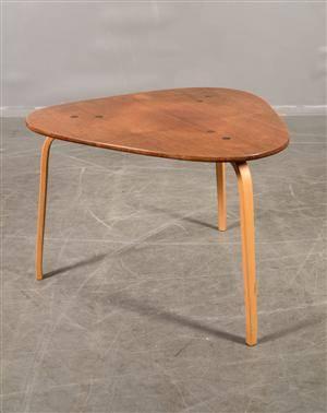 Yngve Ekström bord, ESE-möbler