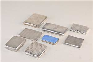 Samling cigaret etuier af sølv 8