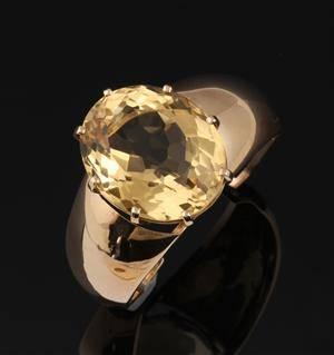 Børge Niels Knudsen. Vintage armring af 14 kt. guld med stor citrin  Denne vare er sat til omsalg under nyt varenummer 3560846