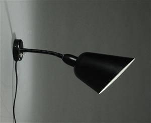 Slutpris For Arne Jacobsen Bellevue Vaeglampe Sort
