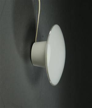 Slutpris For Arne Jacobsen Eklipta Vaeglampe