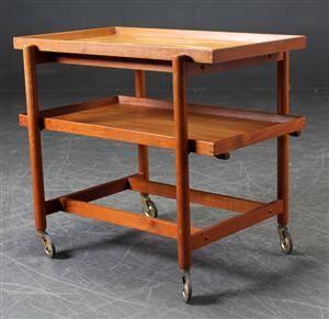 Poul Hundevad. Rullebord  serveringsbord af teaktræ