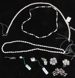 Samling Vintage smycken, Akoya Pärlcollier, silver brosch ,mm. 5