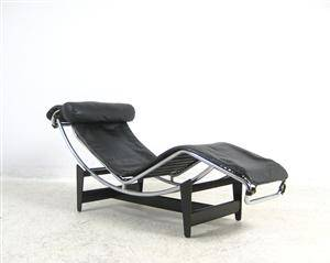 slutpris f r le corbusier liege chaiselongue. Black Bedroom Furniture Sets. Home Design Ideas