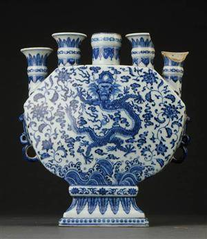 Kinesisk vase af porcelæn, Chien Lung 1736-1795