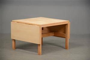 Sofabord med klapper af eg