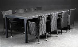 Daneline Havemøbler. Langbord artwood, 8 polyrattan armstole 7