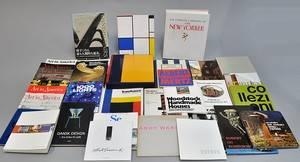 Samling litteratur omhandlende kunst, arkitektur og designca. 36