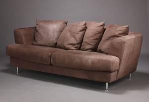 To-pers. sofa, bøffelskind