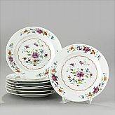 A Set of Famille Rose Plates OrientalSelected