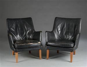Arne Vodder. Et par lænestole, læder og palisander. 2