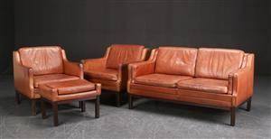 To-personers sofa, par lænestole samt skammel, dansk møbelproducent 4