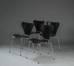 Arne Jacobsen. Fire stole, Syveren, model 3107 4