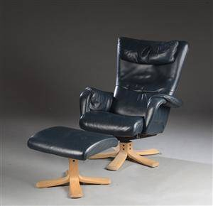 Söderbergs. Lænestol med tilhørende skammel 2