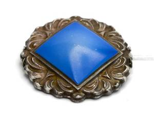 Brosch, Rosenthal blåfärgat